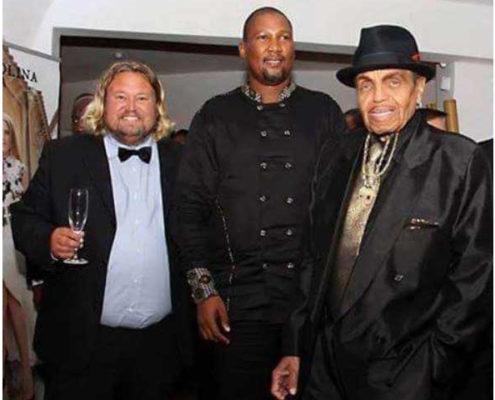 Richard Nilsson with Joe Jackson and HrH Chief Mandela